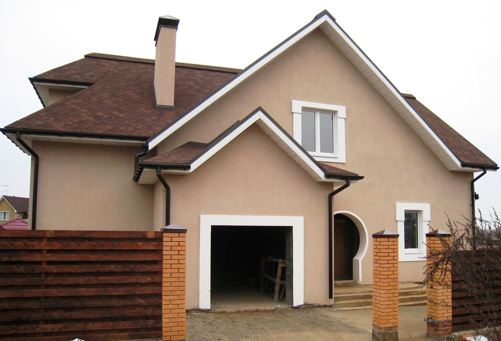 Дизайн оштукатуренного фасада